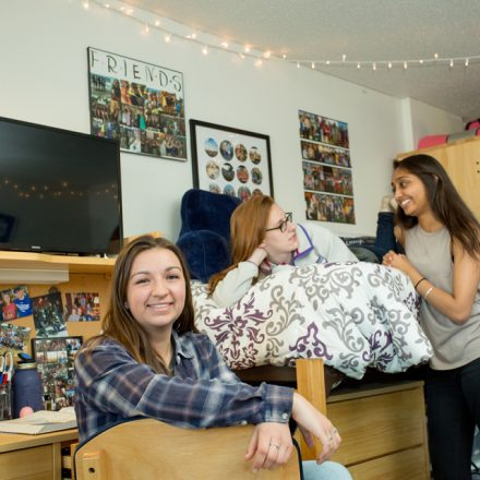 What Basics Do You Need In Your Campus Dorm?