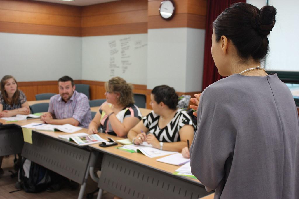 Korean Class: Brilliant Tips to Acquaint Yourself with Korean